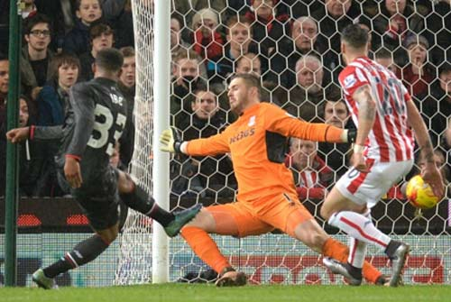 video stoke vs liverpool - 1