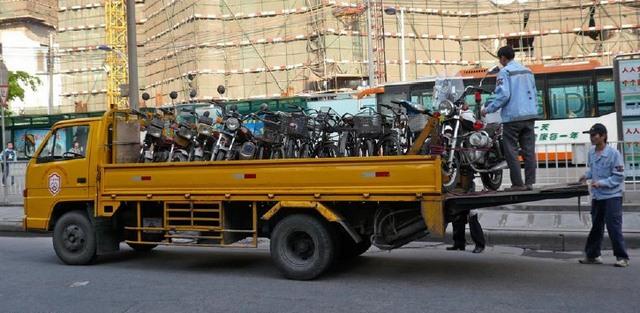 Trung Quốc đã làm gì để hạn chế xe máy? - 3
