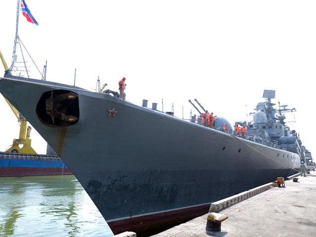 Cận cảnh tàu khu trục chống ngầm của Nga đến Đà Nẵng - 3