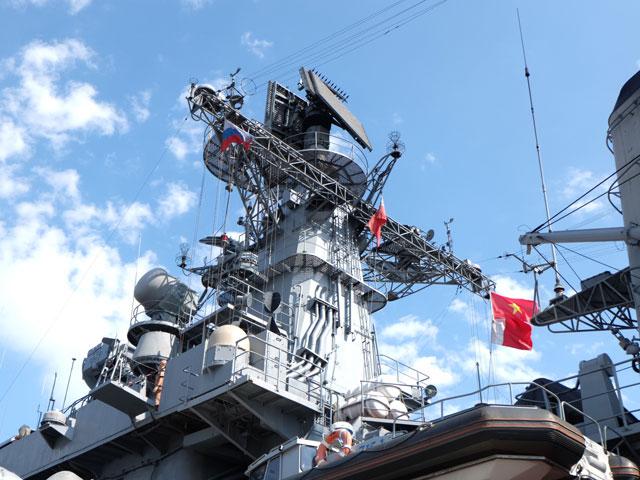 Cận cảnh tàu khu trục chống ngầm của Nga đến Đà Nẵng - 7