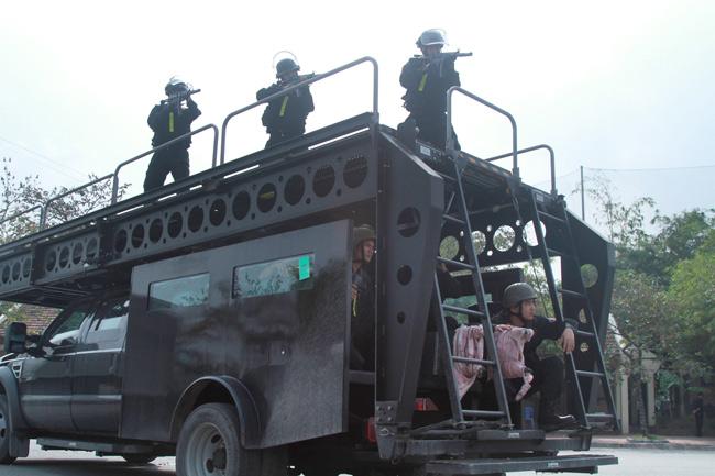 Ảnh: 5.200 chiến sĩ diễn tập bảo vệ Đại hội Đảng - 9