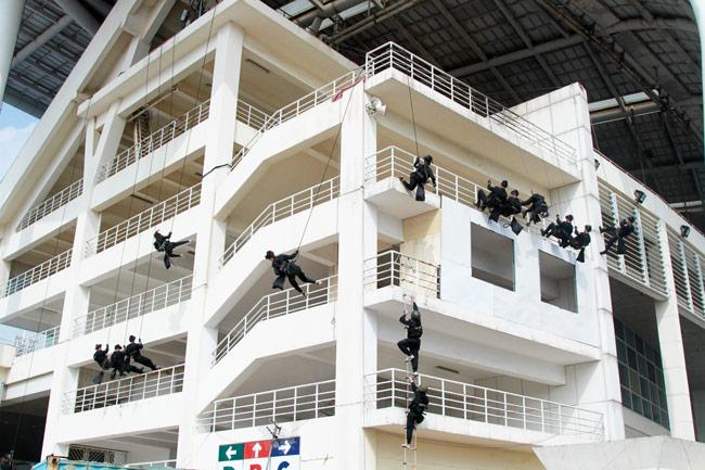 Ảnh: 5.200 chiến sĩ diễn tập bảo vệ Đại hội Đảng - 15