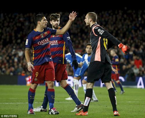 Bị chơi xấu, Suarez suýt tẩn đối thủ, Enrique nổi cáu - 2
