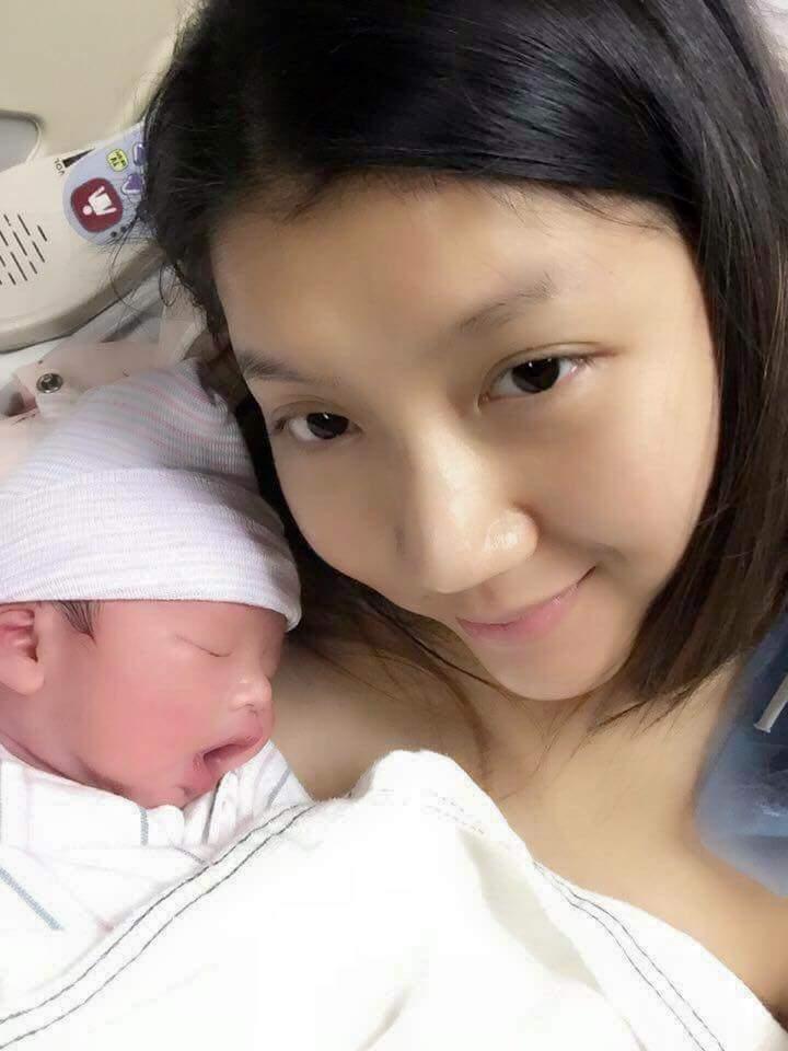 Cựu người mẫu Ngọc Quyên đã hạ sinh con trai đầu lòng - 1