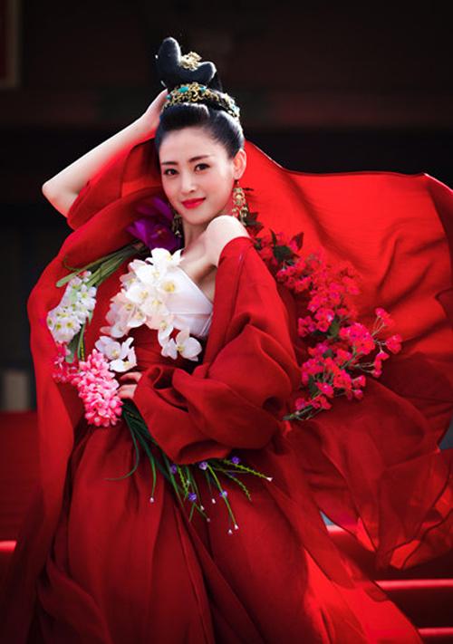 Cô đào phim 'nóng' nhất TQ khẳng định mình đẹp tự nhiên - 1