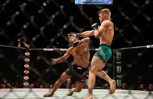 """""""Cậu ấm"""" UFC tạo ra luật điên rồ chưa từng có - 1"""