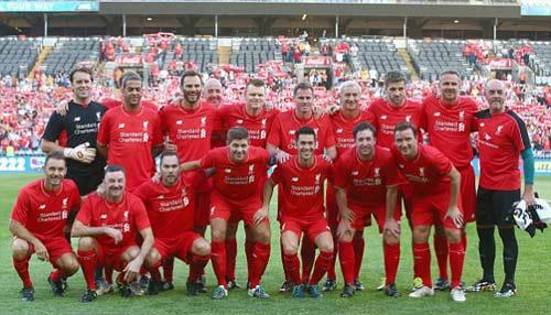 Gerrard & các huyền thoại Liverpool bùng nổ tại Úc - 3