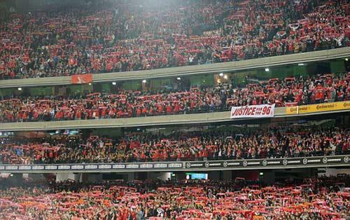 Gerrard & các huyền thoại Liverpool bùng nổ tại Úc - 2