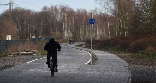 Mê mẩn cao tốc dài 100 km dành cho... xe đạp - 1