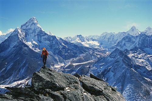 Sự thật ít biết về đỉnh Everest - 1