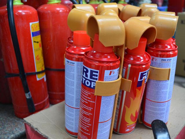"""Bình cứu hỏa ô tô đội giá gấp 4 lần vẫn cháy """"hàng"""" - 6"""