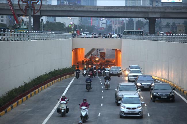 Thông xe 2 hầm chui, cửa ngõ Thủ đô thông thoáng bất ngờ - 9