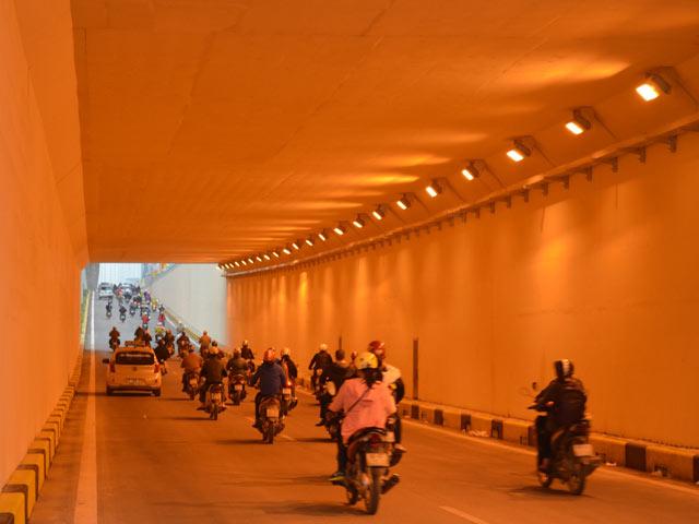 Thông xe 2 hầm chui, cửa ngõ Thủ đô thông thoáng bất ngờ - 15