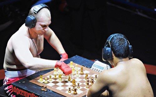 Thú vị không tưởng với bộ môn đấm bốc cờ vua - 4
