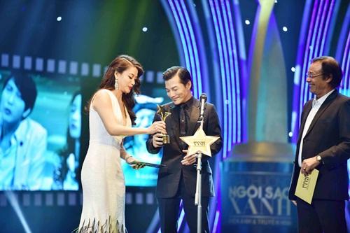 Trương Ngọc Ánh sexy bên Kim Lý, mặc chồng cũ lẻ bóng - 8
