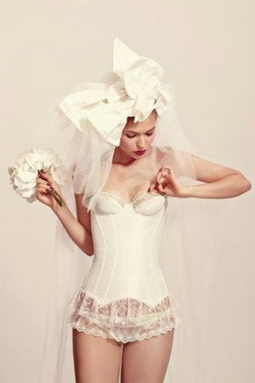Mẹo chọn nội y cho nàng đẹp quyến rũ trong ngày cưới - 12