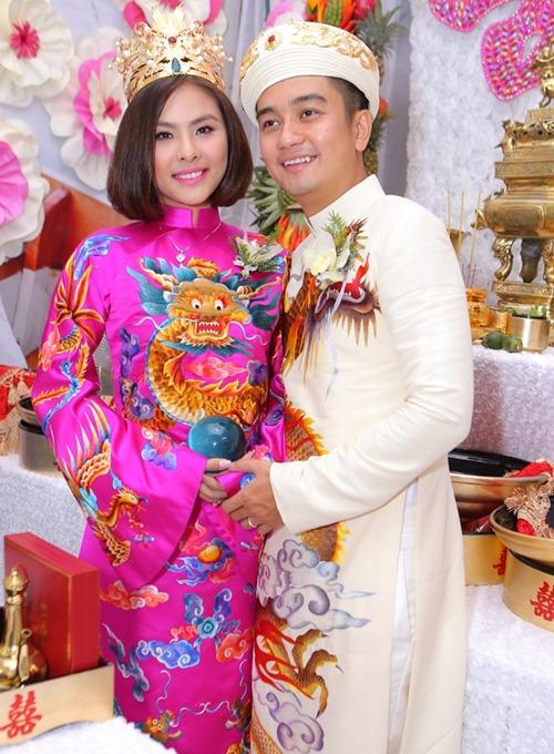 Vân Trang được tặng quả cầu thủy tinh trong lễ rước dâu - 7