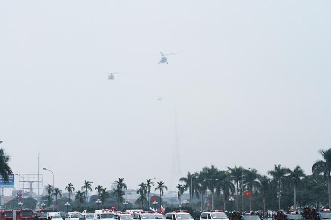 Dàn trực thăng, xe chuyên dụng xuất quân bảo vệ Đại hội Đảng - 11