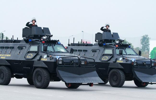 Dàn trực thăng, xe chuyên dụng xuất quân bảo vệ Đại hội Đảng - 5