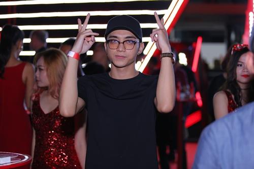 Tóc Tiên nhảy vũ điệu cồng chiêng 'đốt cháy' sân khấu - 12