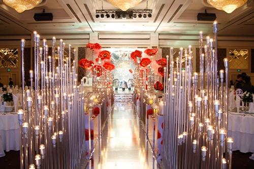 Vợ chồng Vân Trang liên tục 'khóa môi' trong tiệc cưới - 5