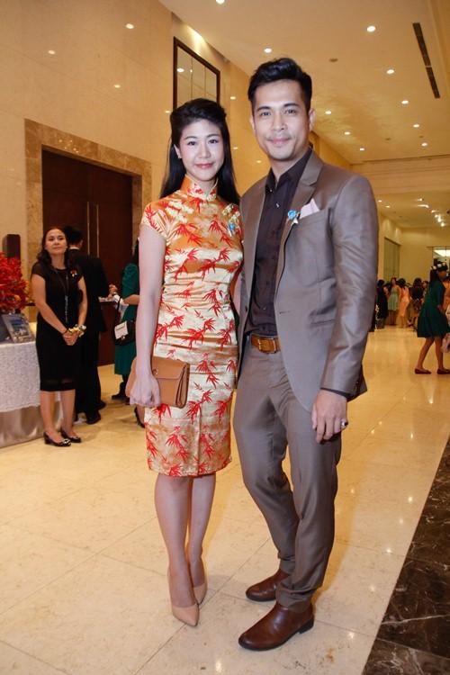 Tường Vi nổi bật trong dàn sao dự tiệc cưới Vân Trang - 9