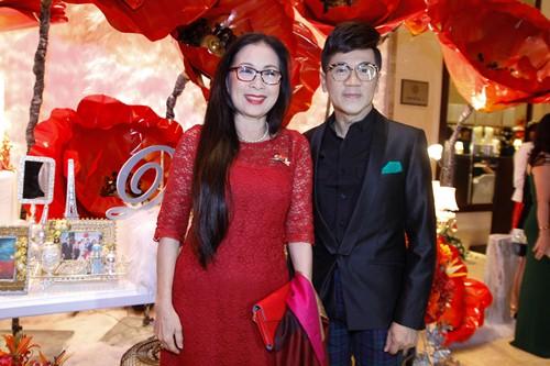 Tường Vi nổi bật trong dàn sao dự tiệc cưới Vân Trang - 11