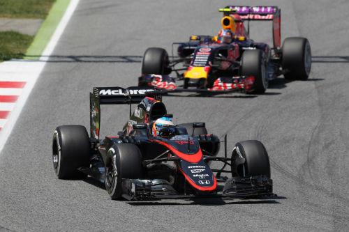F1, Renault và Honda: 2 chiến tuyến, 1 mục tiêu - 1