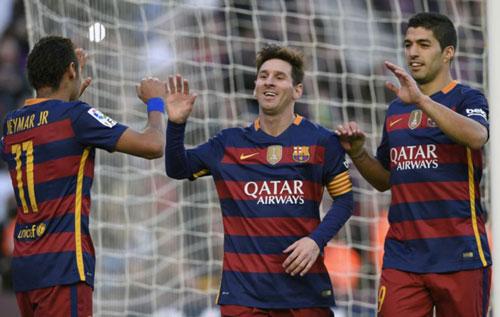 "Barca - Granada: Cú hattrick ""đầu tiên"" - 1"