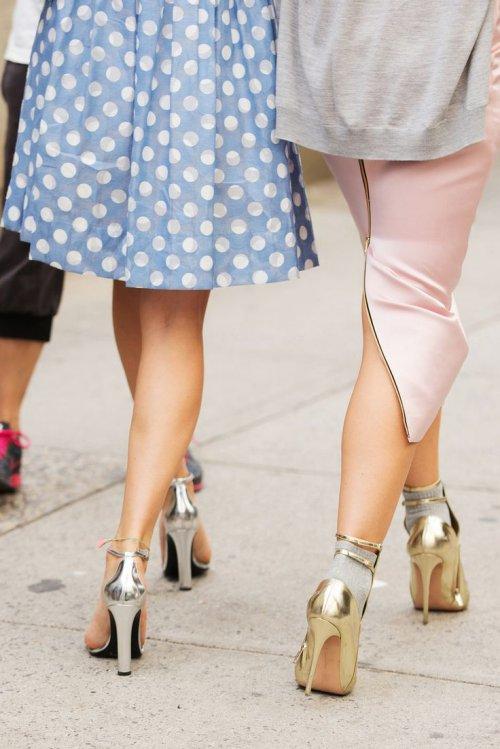 Chọn giày ánh kim cho tiệc năm mới - 1