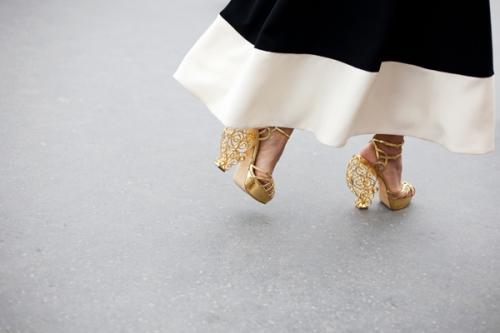 Chọn giày ánh kim cho tiệc năm mới - 8