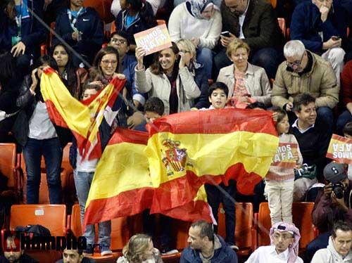 """Fan Việt xếp hàng 4 tiếng """"săn"""" Djokovic, Nadal ở Qatar - 4"""