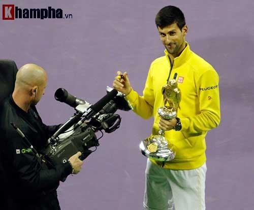 """Fan Việt xếp hàng 4 tiếng """"săn"""" Djokovic, Nadal ở Qatar - 9"""
