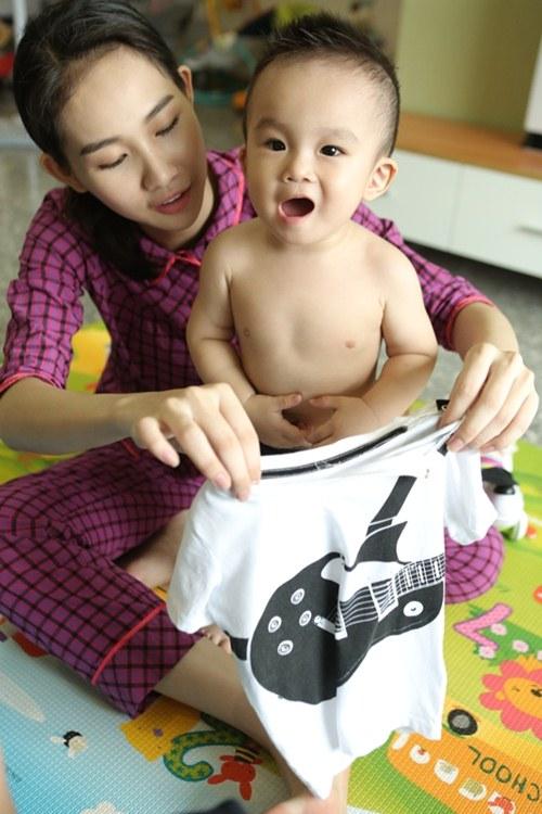 Cuộc sống giản dị của bà mẹ đơn thân xinh đẹp Thanh Trúc - 1
