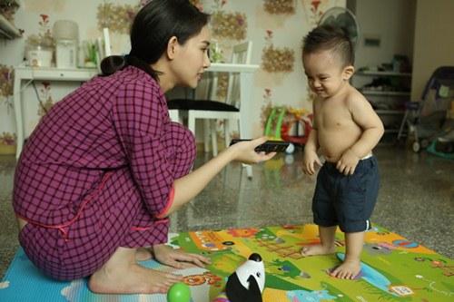 Cuộc sống giản dị của bà mẹ đơn thân xinh đẹp Thanh Trúc - 2