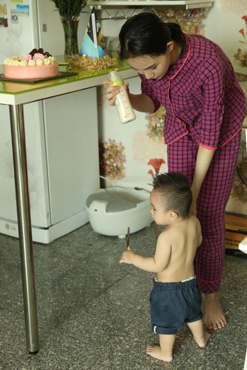 Cuộc sống giản dị của bà mẹ đơn thân xinh đẹp Thanh Trúc - 10