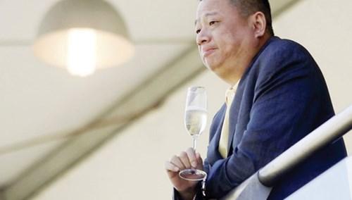 """Những tỷ phú""""bốc hơi"""" trên sàn chứng khoán Trung Quốc - 2"""
