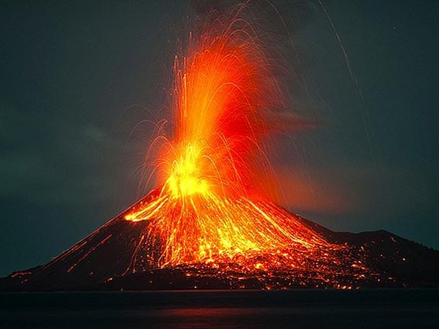 Sức phá hủy khủng khiếp của núi lửa lớn nhất thế giới - 1