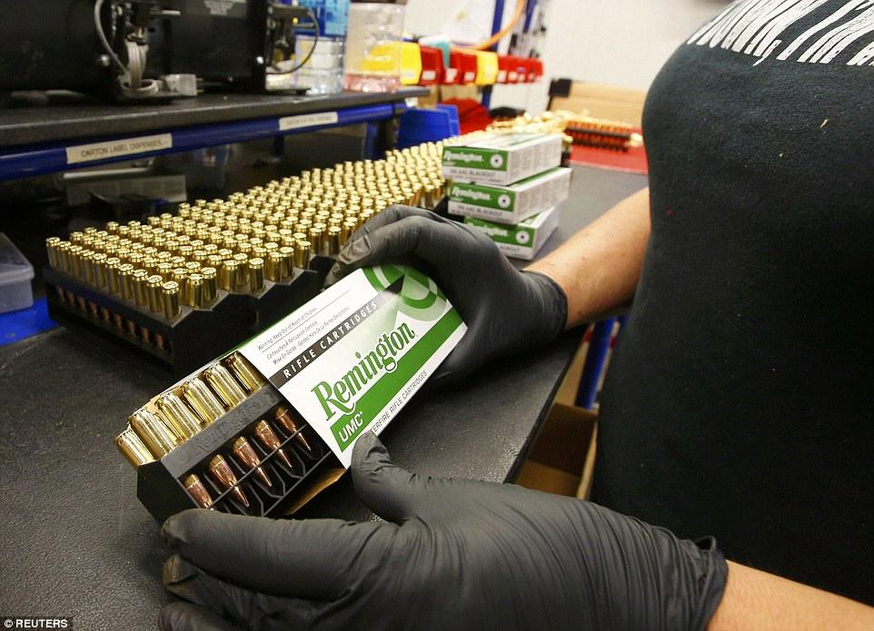 Ảnh: Bên trong nhà máy sản xuất đạn gần trăm năm ở Mỹ - 13