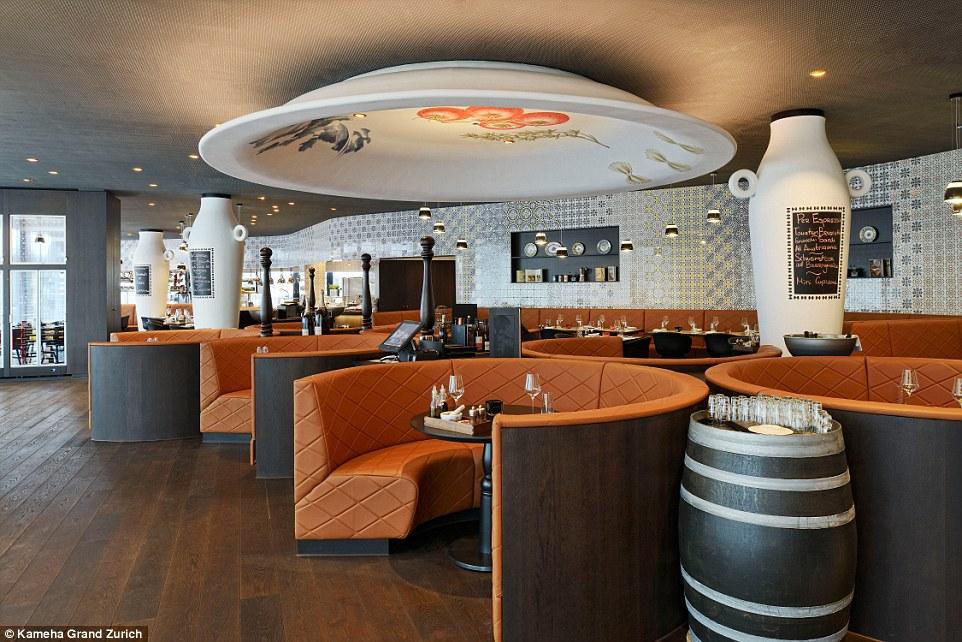Khách sạn với những căn phòng thiết kế độc lạ ở Thụy Sĩ - 12