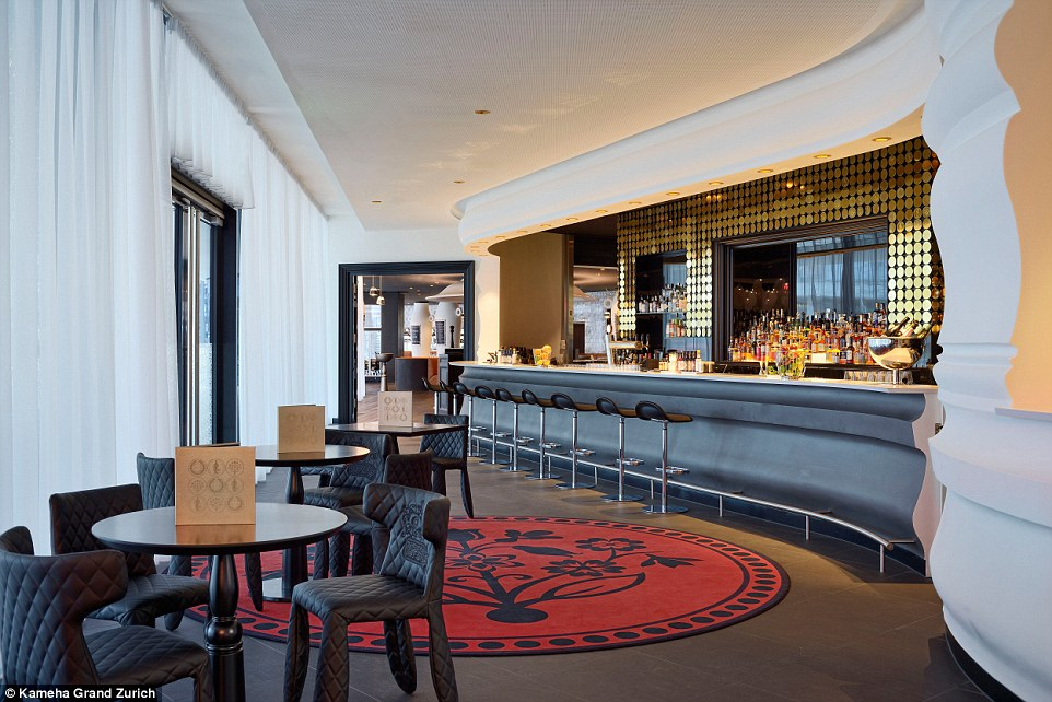 Khách sạn với những căn phòng thiết kế độc lạ ở Thụy Sĩ - 13