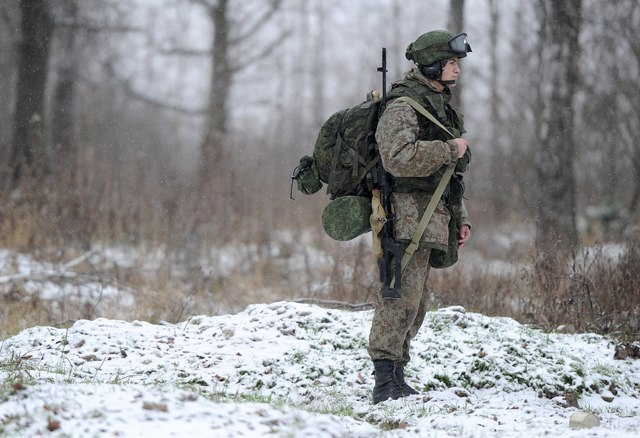 """Áo giáp biến lính Nga thành """"siêu nhân"""" - 2"""
