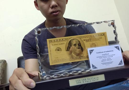 Đồng xu mạ vàng in hình khỉ giá 3 triệu đồng - 5