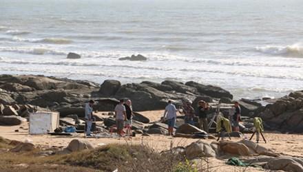 Ba nam thanh niên chết đuối khi tắm biển - 1