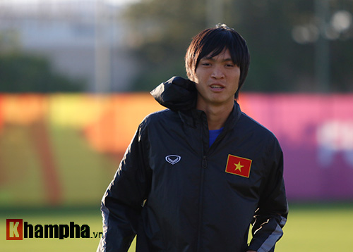 U23 Việt Nam: HLV Miura cười thật tươi với Tuấn Anh - 5