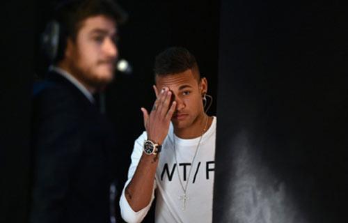 Ronaldo – Messi chẳng ai bầu cho ai - 2
