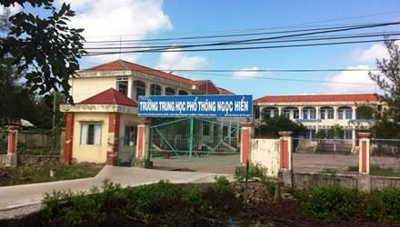 Lãnh đạo nhà trường lên tiếng vụ 'thầy giáo gạ tình nữ sinh' - 1
