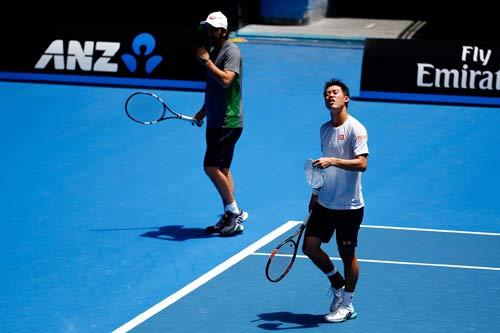 "Australian Open: Murray ""nắn gân"" Djokovic - 3"