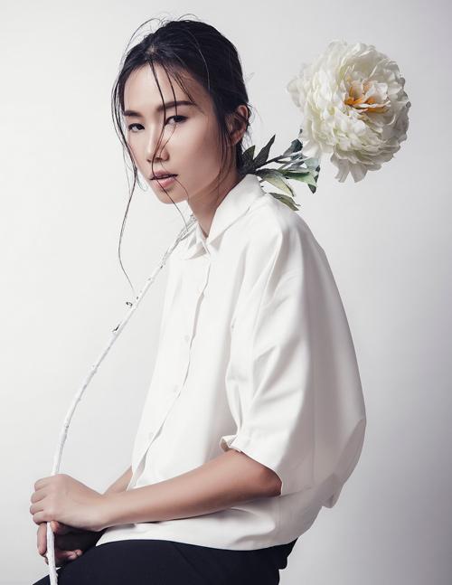 'Kate Moss Việt Nam' e ấp như cánh hoa cuối đông - 10