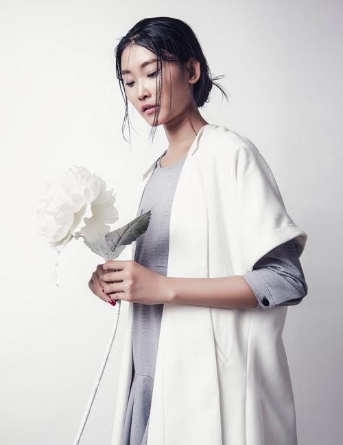 'Kate Moss Việt Nam' e ấp như cánh hoa cuối đông - 8